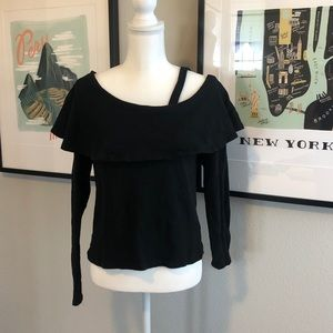 Off Shoulder Long Sleeve Top (Black)